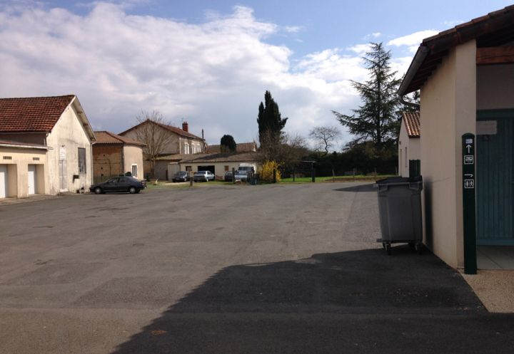 Chaunay Vienne Aire Camping Car