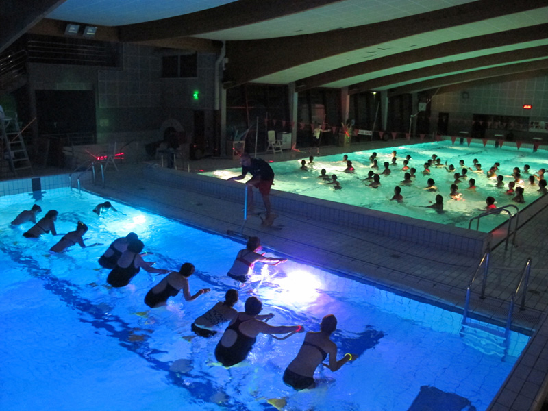 Centre aquatique abyss a civaux 86 vienne for Centre massicotte club piscine