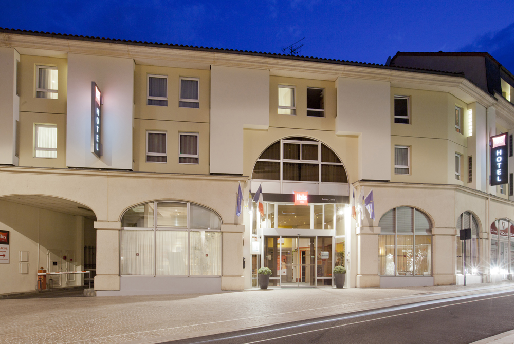 H tel ibis poitiers centre poitiers hotels in la vienne for Hotels vienne