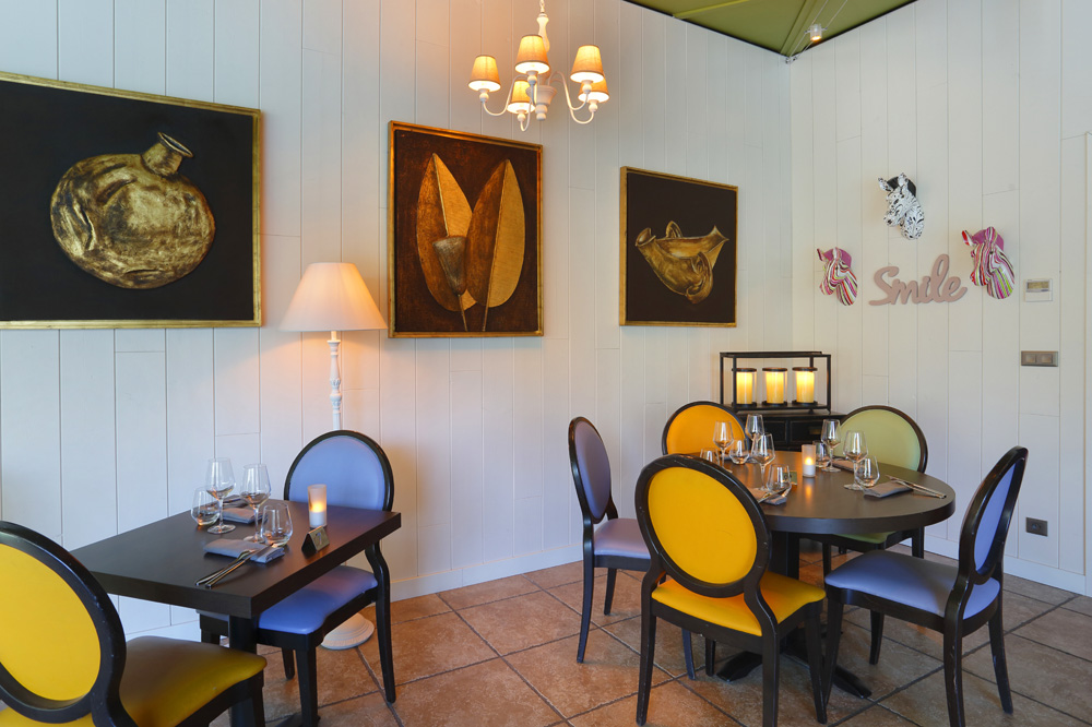 la parenth se h tel alt ora site du futuroscope chasseneuil du poitou restaurants in la vienne. Black Bedroom Furniture Sets. Home Design Ideas